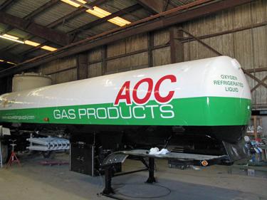 Cryogenic transport trailer